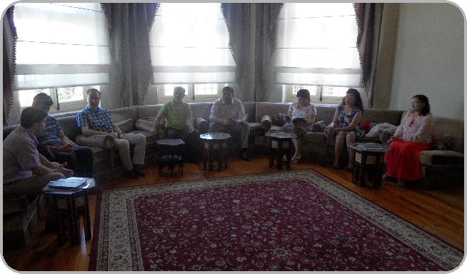 http://sbe.fsm.edu.tr/resimler/upload/Kazakistan-Suleyman-Demirel-Universitesi-Ziyareti-6-220612.jpg